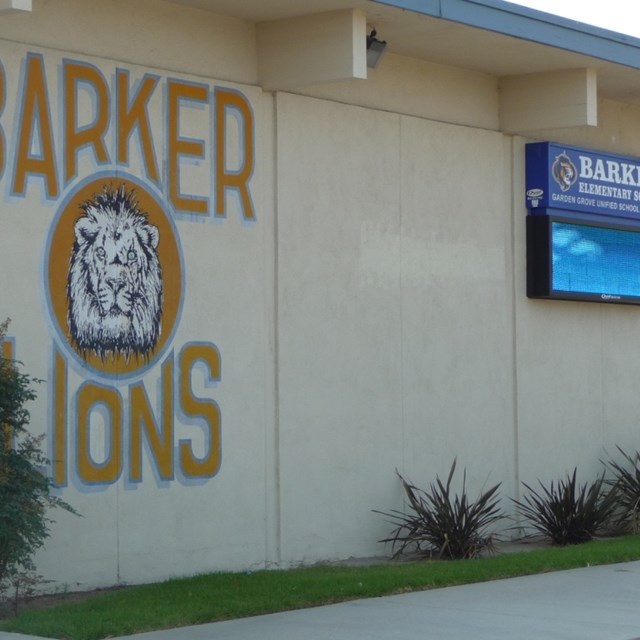 Barker students are proud to be lions!